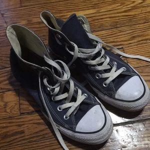 Women's size 7 converse navy blue high top